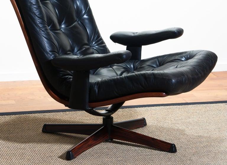 1960s, Black Leather Swivel Chair with Jakaranda Stand by Göte Design Nässjö 2