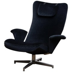 1960s, Black Velvet Contourett Ronto Swivel Chair by Alf Svenson for Dux Sweden