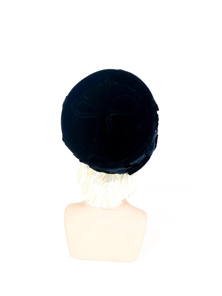 Women's 1960s Black Velvet Pillbox Hat with Fruit Accents For Sale