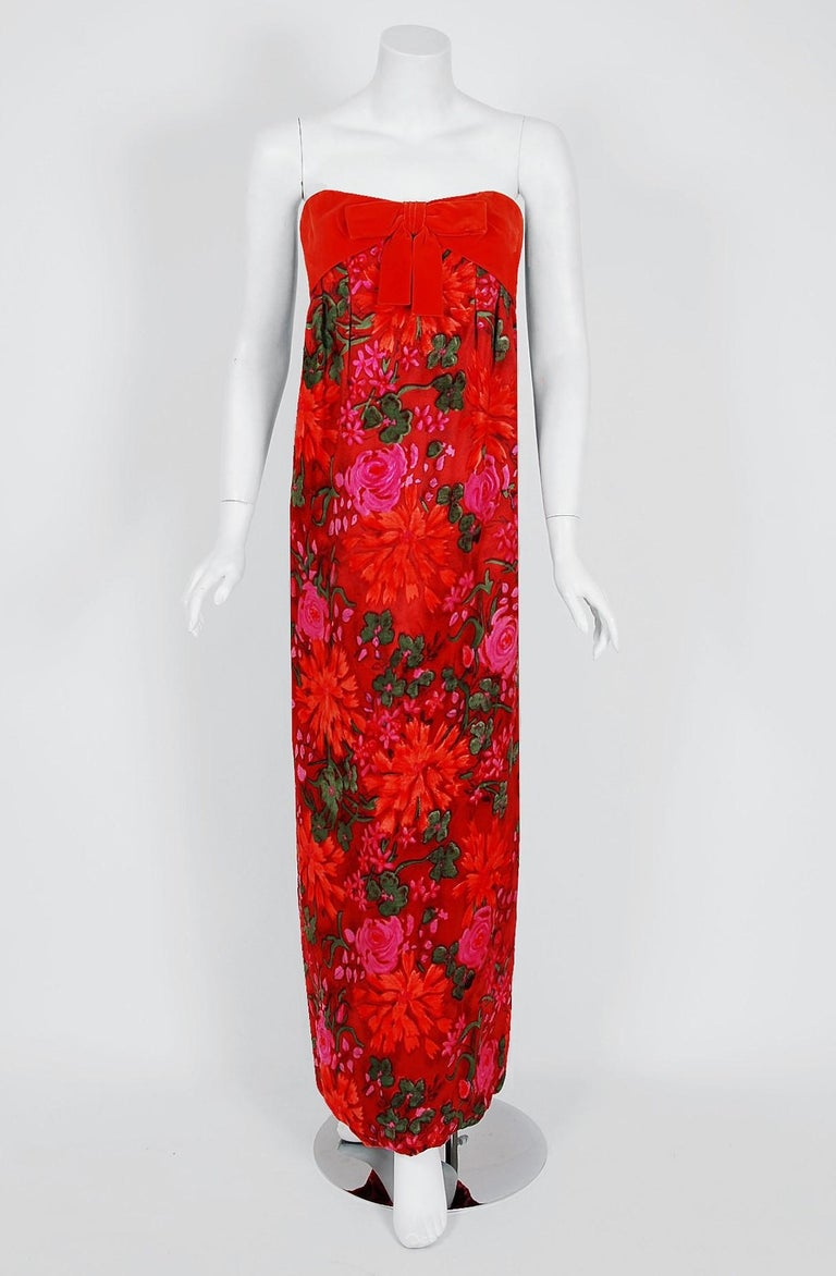 Breathtaking Bob Bugnand for Sam Friedlander designer dress dating back to the late 1960's. Bob Bugnand worked as the chief designer for Jacques Heim and Robert Piquet before opening his own couture workroom in Paris. This stunning watercolor floral