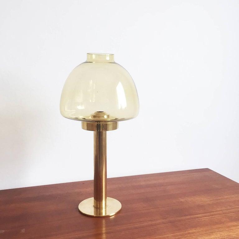 Article:  candleholder element