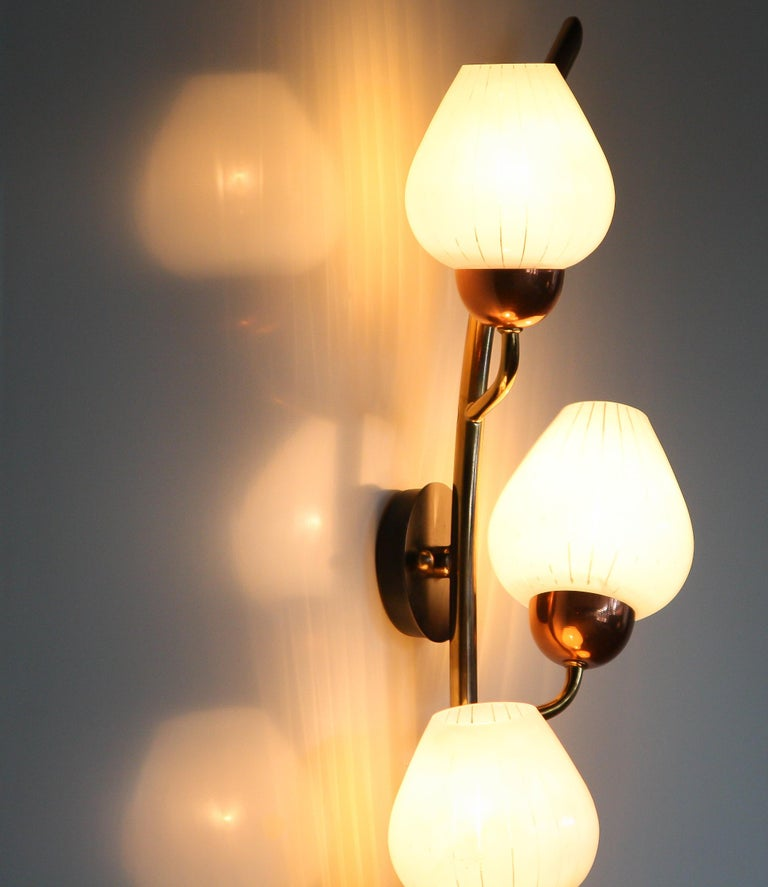1960s Brass and Glass Wall Light Scone 1