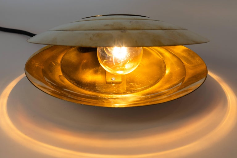 1960s Brass Clamshell Table Lamp by Angelo Brotto For Sale 7