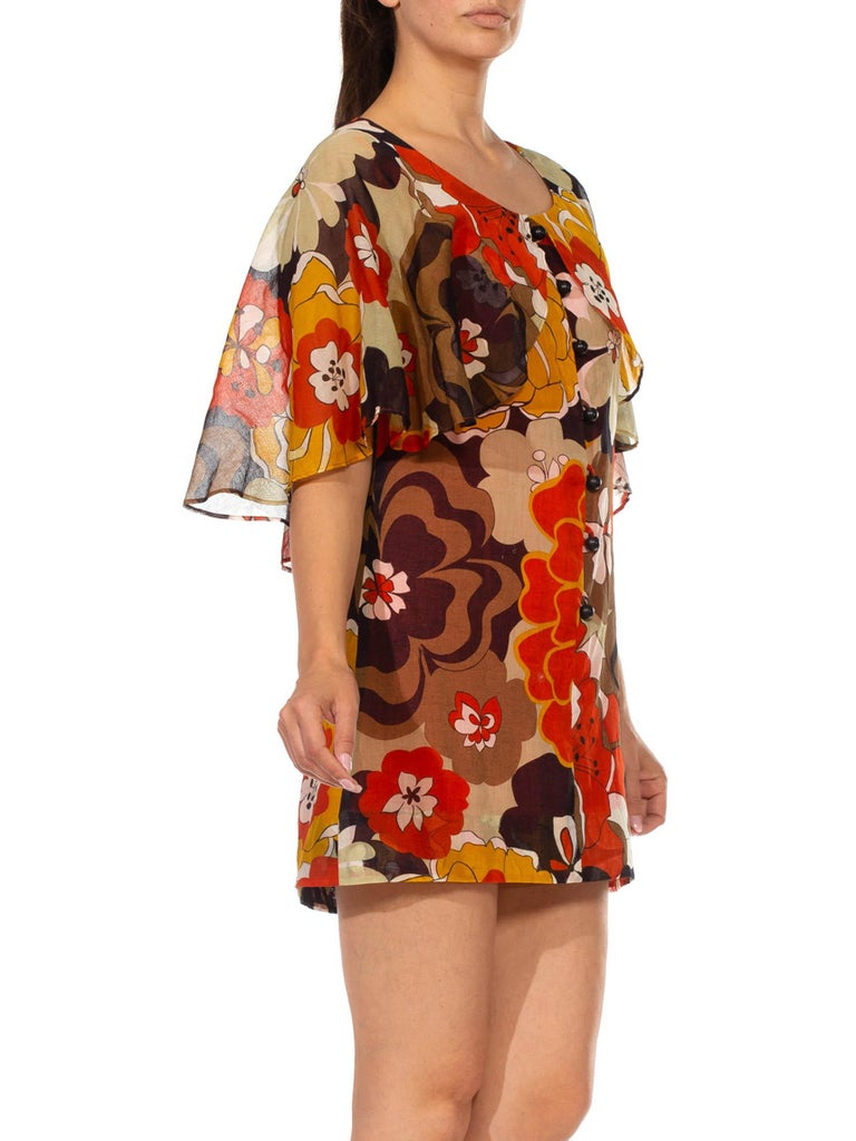 1960S Brown & Orange Cotton Blend Large Floral Print Romper With Capelet In Excellent Condition For Sale In New York, NY