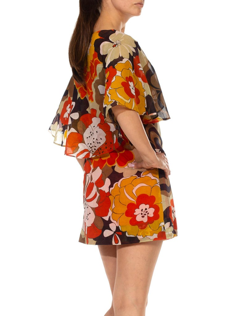 1960S Brown & Orange Cotton Blend Large Floral Print Romper With Capelet For Sale 6