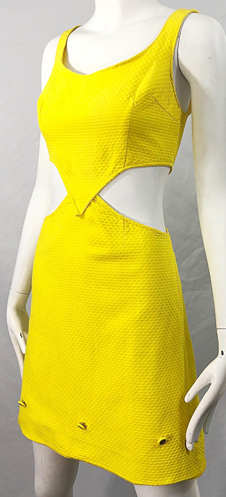 1960s Canary Yellow Cut - Out Honeycomb Cotton Vintage 60s A Line Dress For Sale 4