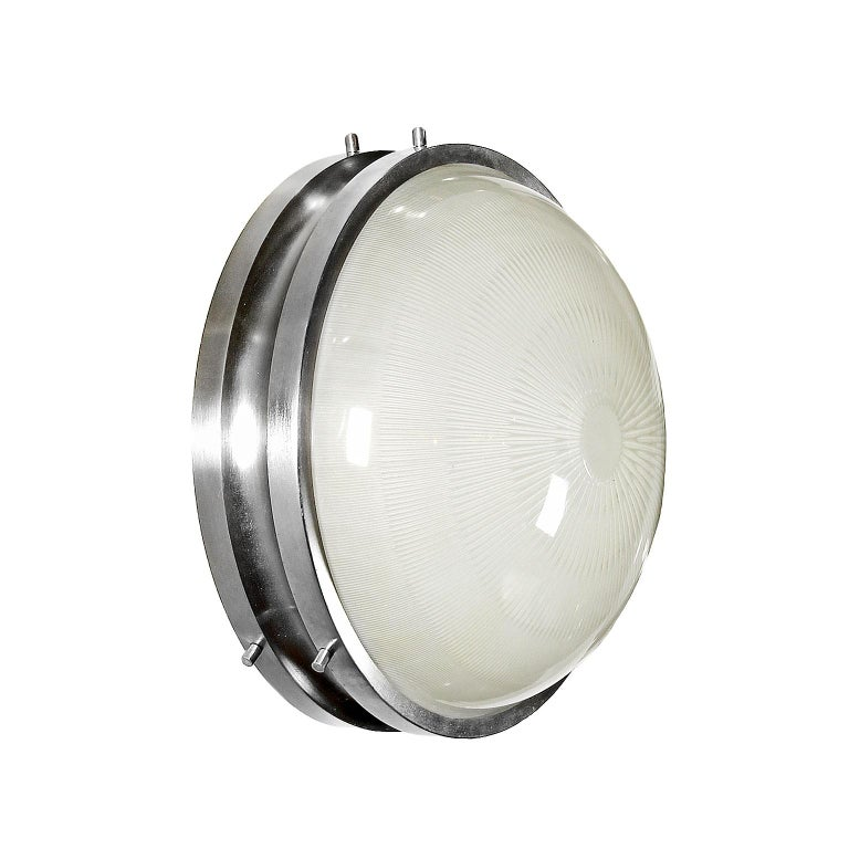 Ceiling or wall light