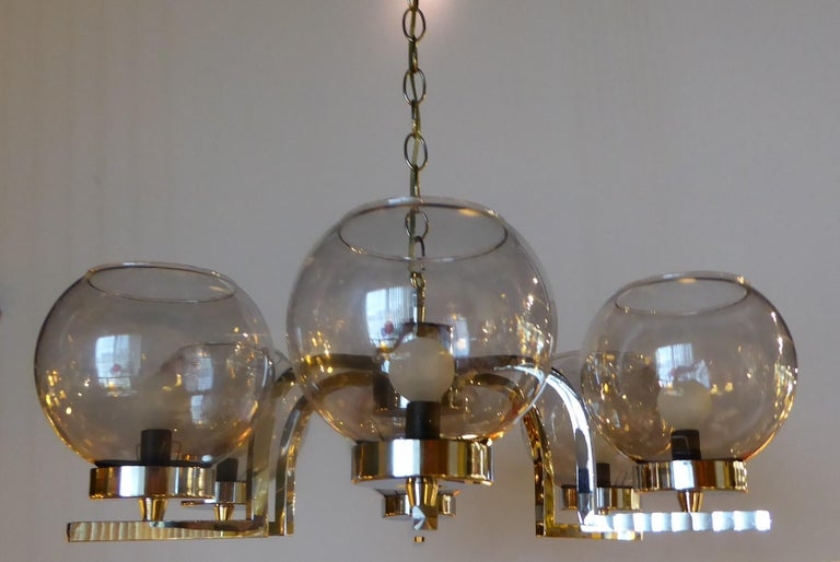 1960s Chrome and Smoked Glass Ball Globe Six-Light Chandelier In Good Condition For Sale In Miami, FL