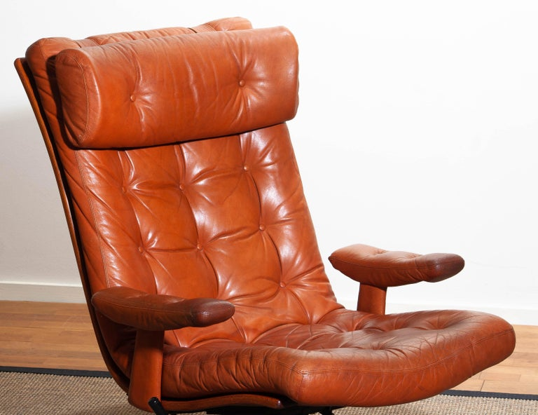 1960s, Cognac Leather Swivel / Relax Lounge Easy Chair by Göte Design Nässjö For Sale 6