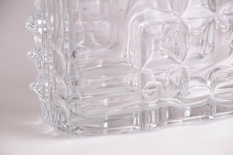 1960s Rosice Sklo Union pressed glass jardinière vase. The rectangular vase has an interesting abstract relief pattern across all four sides of its exterior.   Designed in 1967 by Vladislav Urban for Rosice Glassworks, Czechoslovakia. In very good