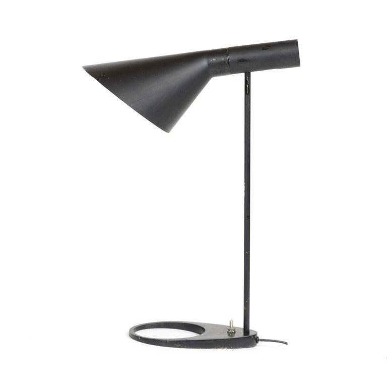 Scandinavian Modern 1960s Danish AJ Extra Large Desk Lamp by Arne Jacobsen for Louis Poulsen For Sale