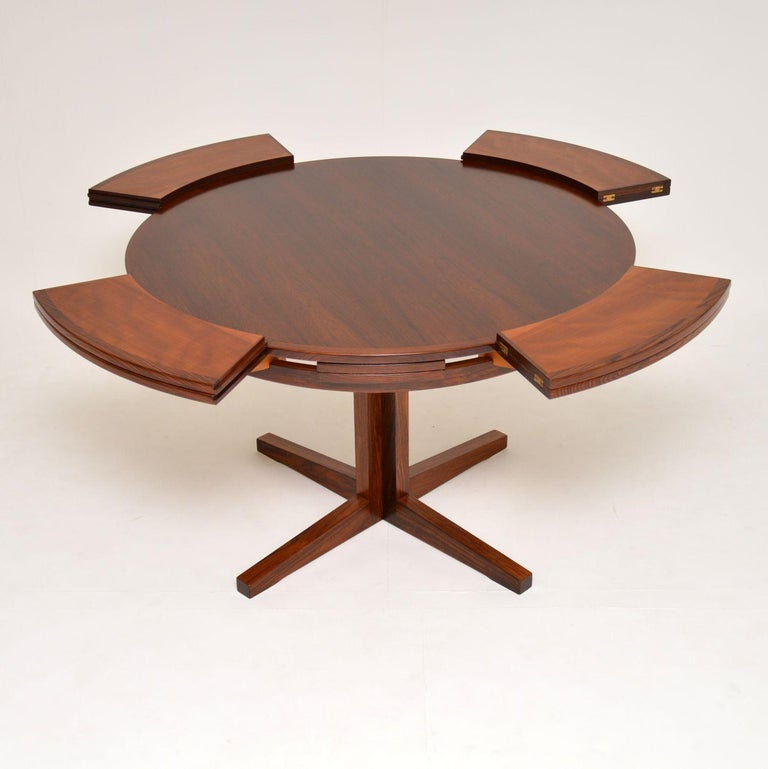 1960s Danish Flip Flap Lotus Dining Table by Dyrlund In Good Condition In London, GB