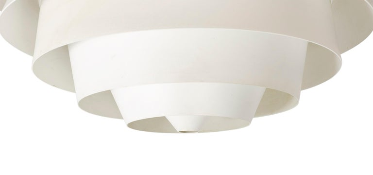 1960s Danish Louvre Pendant Lamp by Poul Henningsen for Louis Poulsen In Good Condition For Sale In Sagaponack, NY