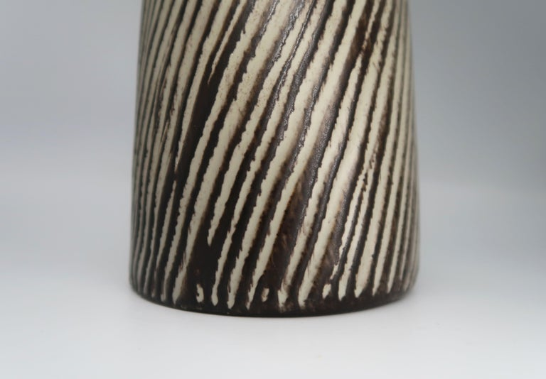 1960s Danish Modern Ceramic Pitcher Vase with Bamboo Handle by Jette Hellerøe For Sale 5