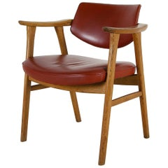 1960s Danish Modern Oak Leather Armchair by Erik Kirkegaard for Høng Stolefabrik