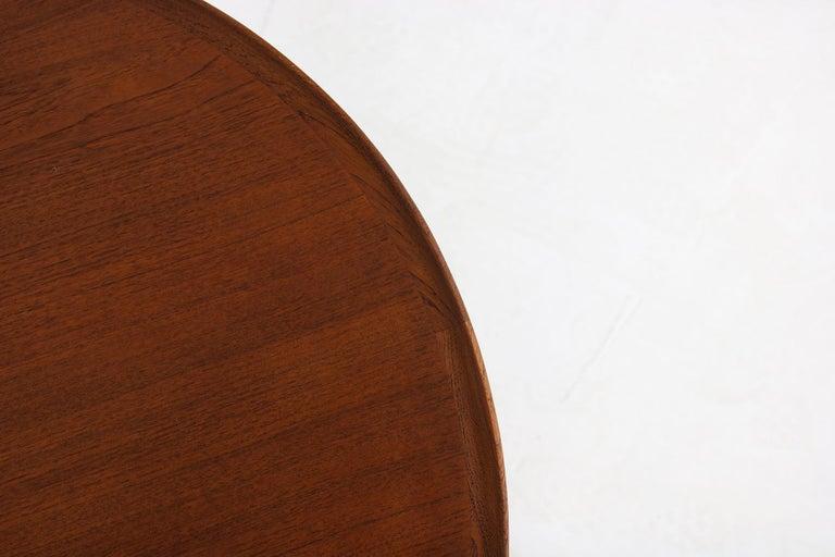 1960s Danish Modern Round Tripod Teak Coffee Table Mid-Century Modern Design For Sale 1