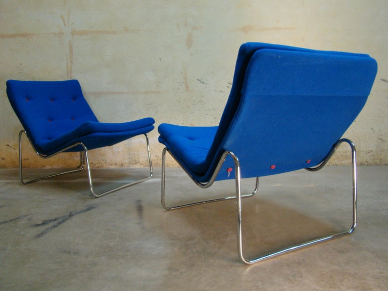 Upholstery 1960s Danish Pair of Tubular Chrome Lounge Chairs in Primary Blue Wool For Sale