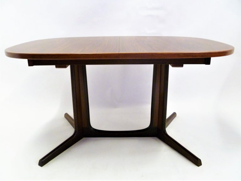 Scandinavian Modern 1960s Danish Rosewood Dining Table by Gudme Møbelfabrik For Sale