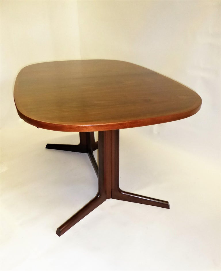 1960s Danish Rosewood Dining Table by Gudme Møbelfabrik For Sale 1