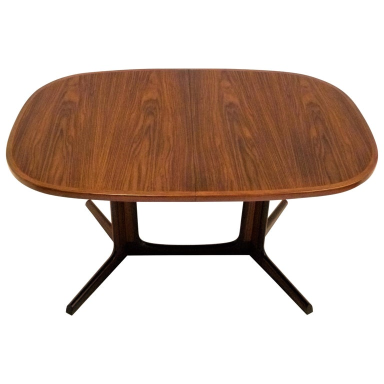 1960s Danish Rosewood Dining Table by Gudme Møbelfabrik For Sale