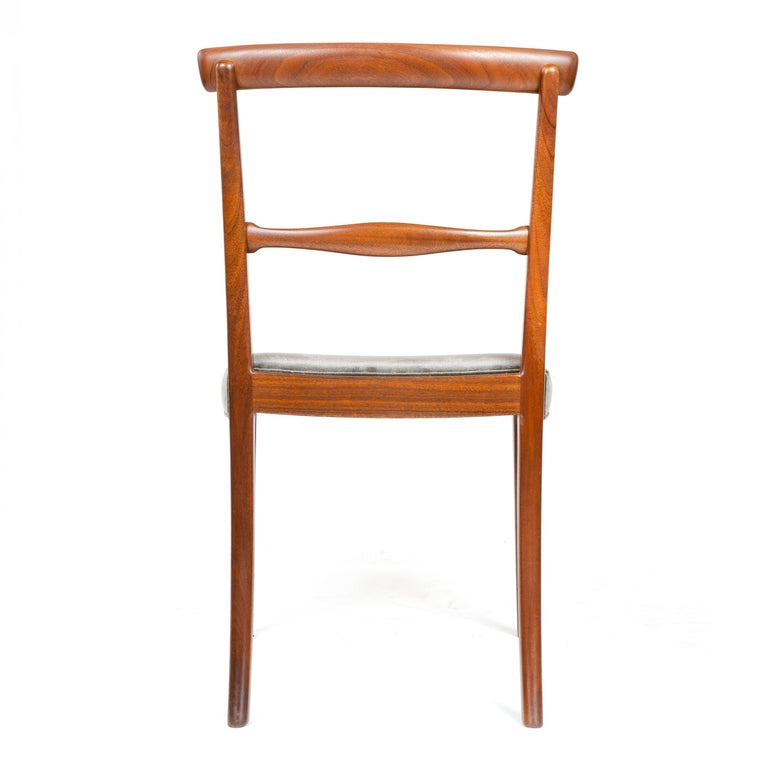 1960s Danish Set of 6 Dining Chairs by Ole Wanscher for A.J. Iversen For Sale 1