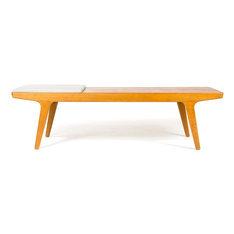 1960s Danish Teak and Oak Reversible Bench In Good Condition For Sale In Sagaponack, NY