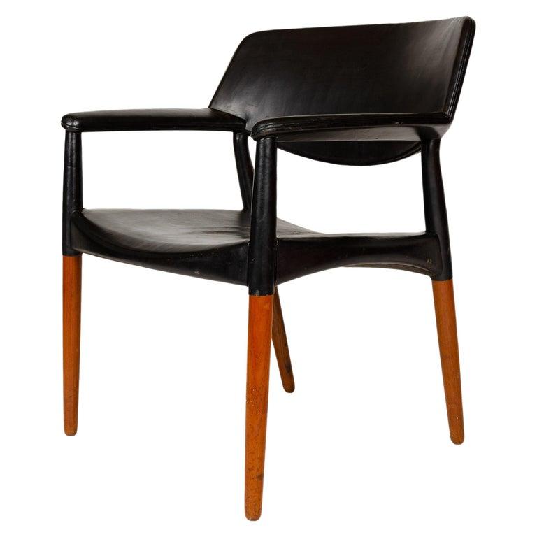1960s Danish Teak Armchair by Ejner Larsen & Aksel Bender Madsen for Willy Beck For Sale
