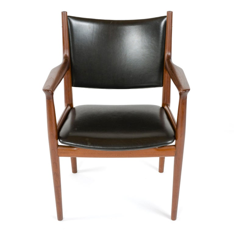 Scandinavian Modern 1960s Danish Teak Dining Chair by Hans J. Wegner for Johannes Hansen For Sale