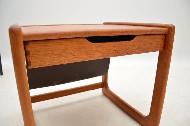 1960s Danish Teak and Leather Side Table Magazine Rack For Sale 5