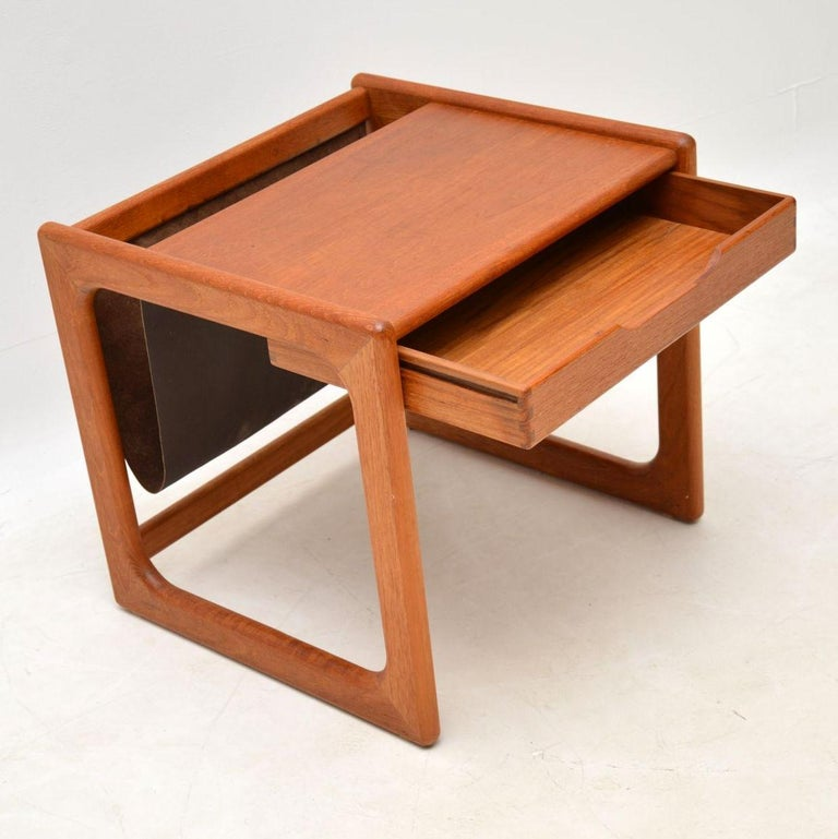 1960s Danish Teak and Leather Side Table Magazine Rack In Good Condition For Sale In London, GB