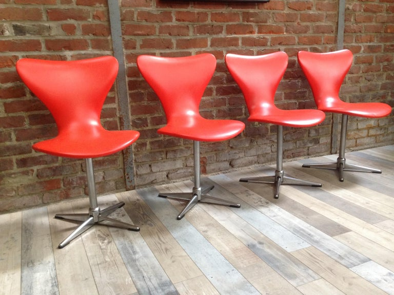 Mid-20th Century 1960s Design Orange and Swivel Set of 4 Chairs For Sale