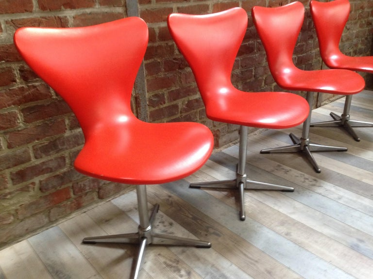 Faux Leather 1960s Design Orange and Swivel Set of 4 Chairs For Sale