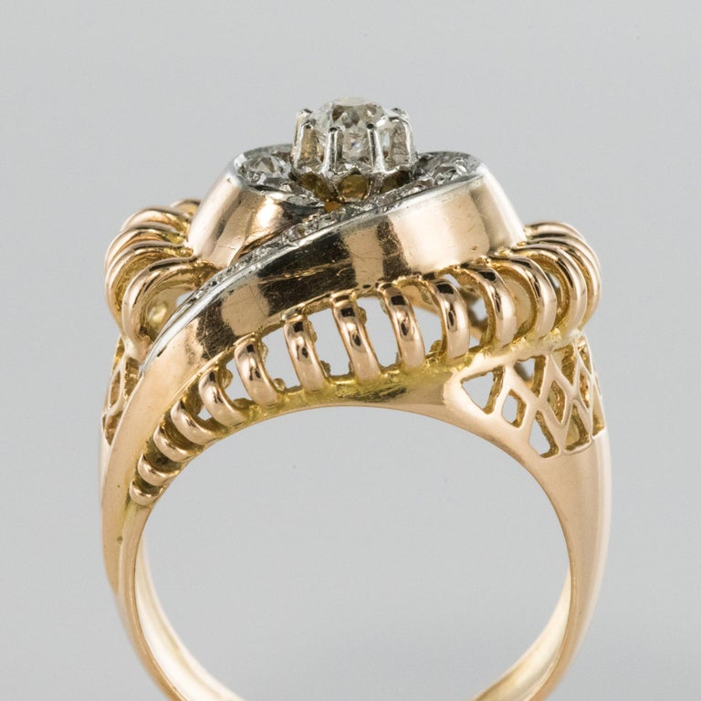 1960s Diamond 18 Karat Yellow Gold Retro Swirl Ring For Sale 5