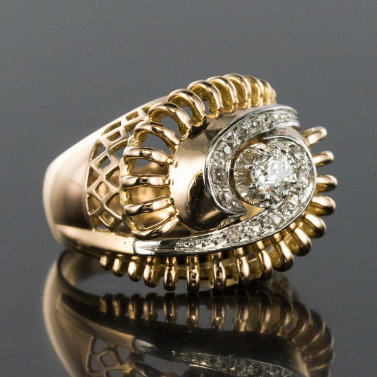 1960s Diamond 18 Karat Yellow Gold Retro Swirl Ring For Sale 6