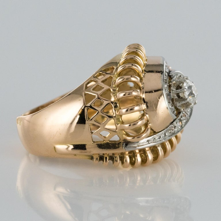 1960s Diamond 18 Karat Yellow Gold Retro Swirl Ring For Sale 8