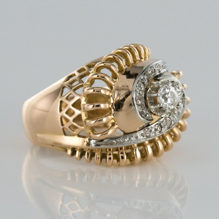 1960s Diamond 18 Karat Yellow Gold Retro Swirl Ring For Sale 1