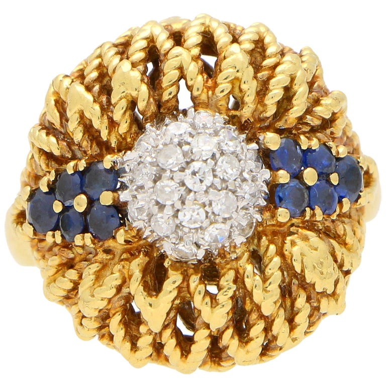 1960s Diamond and Sapphire Floral Cocktail Bombe Ring Set in 18 Karat Gold For Sale