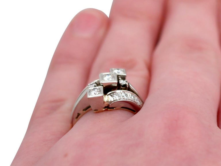 1960s Diamond and Yellow Gold Dress Ring  For Sale 3