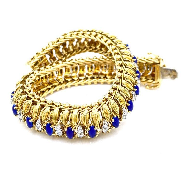 Round Cut 1960s Diamond Blue Enamel Flexible 18 Karat Yellow Gold Bracelet For Sale