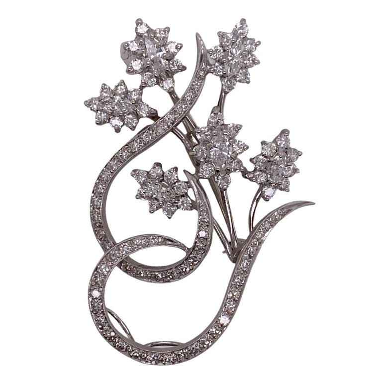 Round Cut 1960s Diamond Floral White Gold Vintage Pin Brooch For Sale