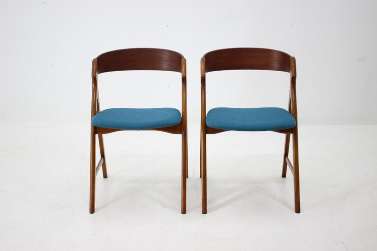 Mid-Century Modern Set of 1960s Dining Chairs by Henning Kjaernulf for Boltinge Støle Møbelfabrik For Sale