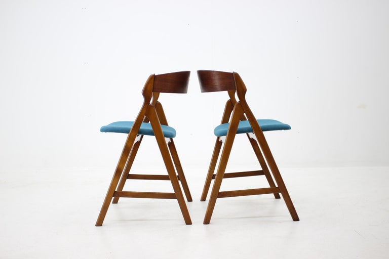 Set of 1960s Dining Chairs by Henning Kjaernulf for Boltinge Støle Møbelfabrik In Good Condition For Sale In Praha, CZ