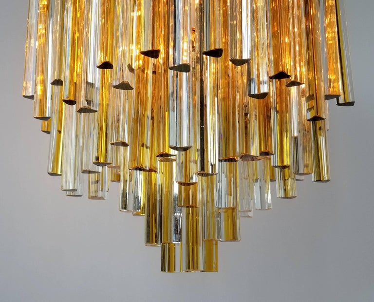 1960s Early Venini Amber and Clear Glass Prisms Chandelier, Italy In Good Condition For Sale In St- Leonard, Quebec