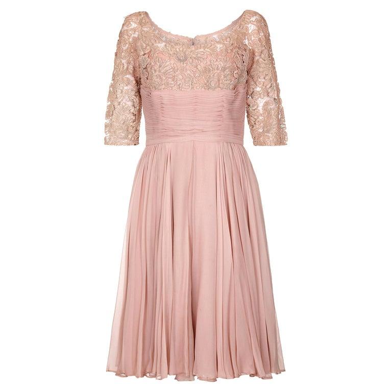 1960s Edward Abbott Dusky Pink Corded Lace and Silk Chiffon Dress For Sale