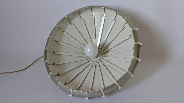 1960s Elio Martinelli Style Louvered Pendant, Italy For Sale 2