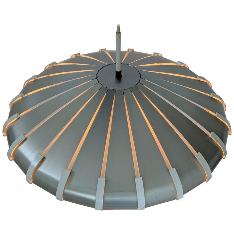 1960s Elio Martinelli Style Louvered Pendant, Italy For Sale