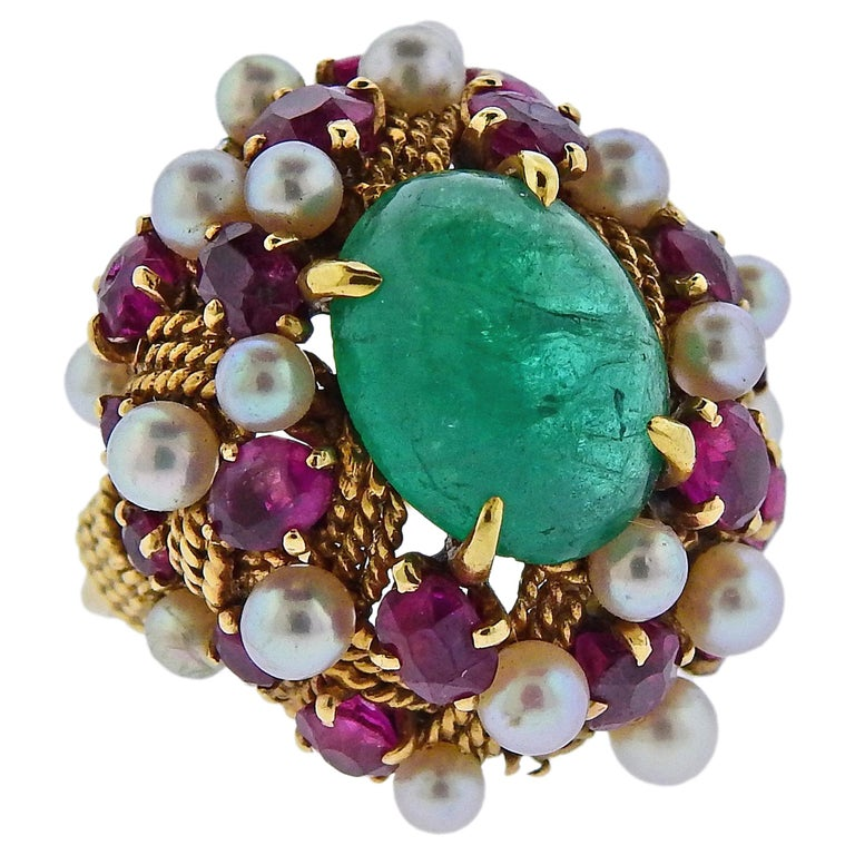 1960s Emerald Cabochon Ruby Pearl Gold Cocktail Ring For Sale