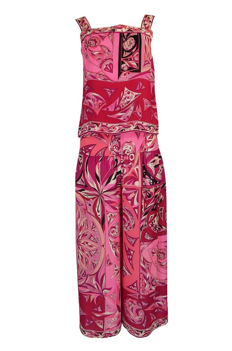1960s Emilio Pucci Printed Pink Top, Sash & Cropped Pant Set For Sale 2