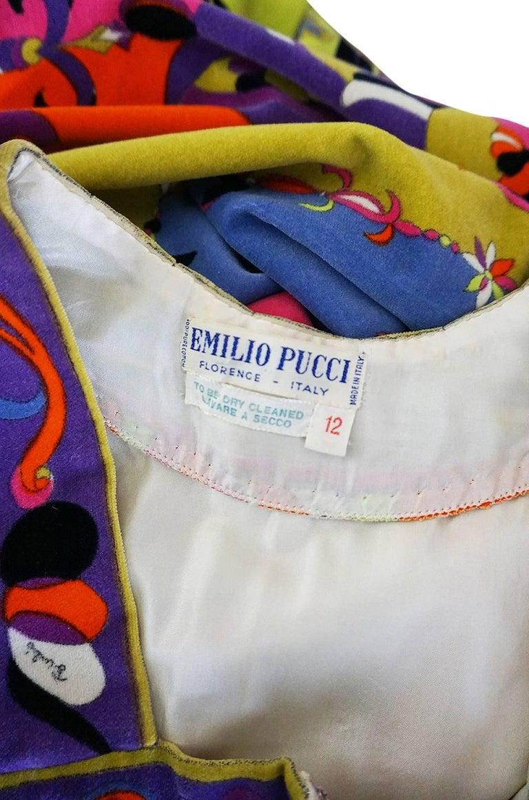 1960s Emilio Pucci Vivid Printed Velvet Front Zipper Dress For Sale 5