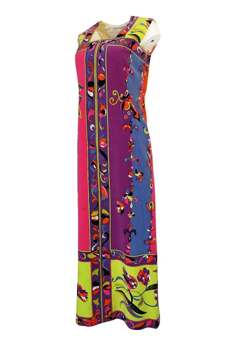 1960s Emilio Pucci Vivid Printed Velvet Front Zipper Dress In Good Condition For Sale In Rockwood, ON